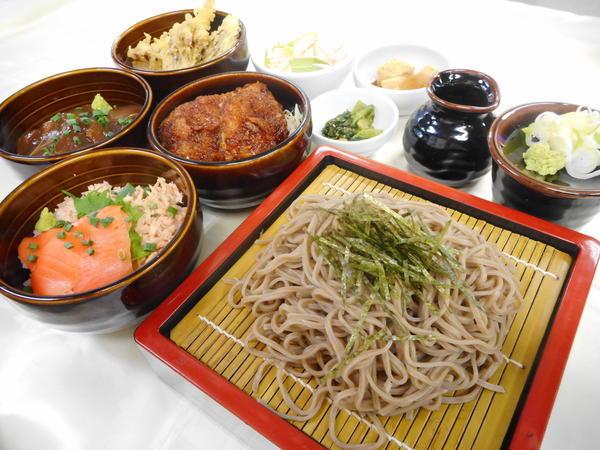 第2位「選べるミニ丼そばセット」のイメージ画像