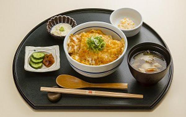 第2位「和豚もちぶたかつ丼定食」のイメージ画像