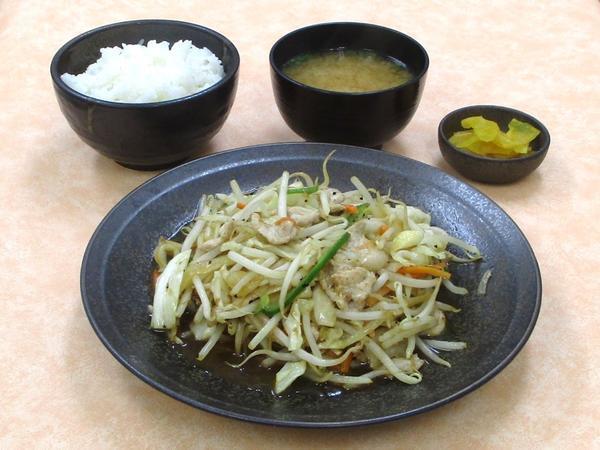 こだわり肉野菜炒め定食.JPG