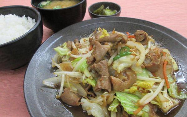 第1位「ホルモン野菜炒め定食」のイメージ画像