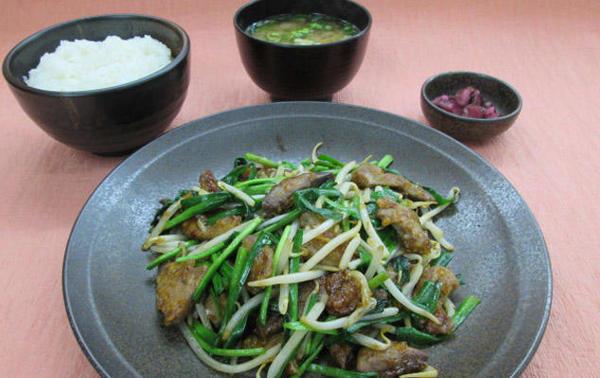 第3位「レバニラ炒め定食」のイメージ画像