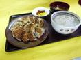 円盤餃子定食H26.9.JPG