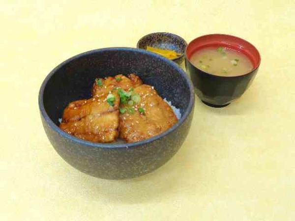 第2位「秋刀魚のかば焼丼」のイメージ画像