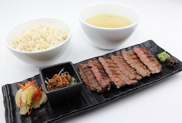 【New】霜降り牛タンしお定食2,100.JPG