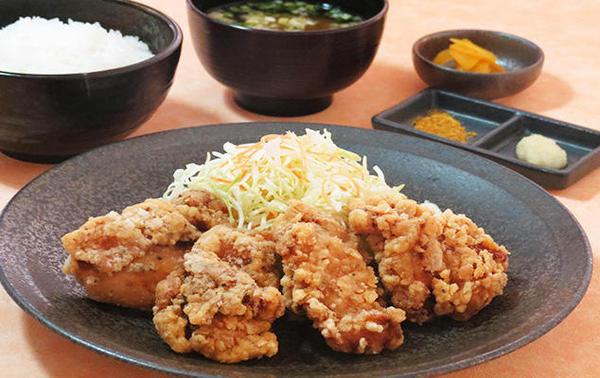 第3位「鶏唐揚定食」のイメージ画像