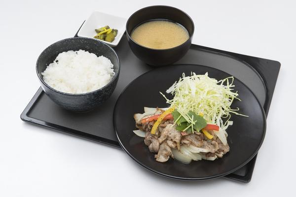 ランチ 白金豚の黒胡椒炒め定食.jpg