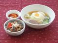 盛岡冷麺&ミニ焼肉丼.JPG