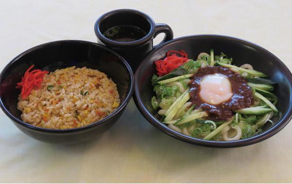 第2位「とろ玉じゃじゃ麺&ミニ炒飯セット」のイメージ画像