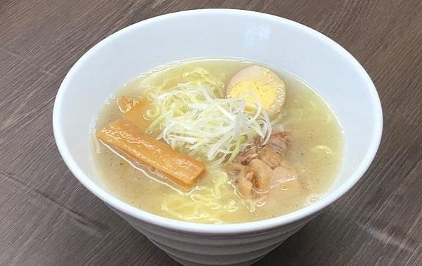 第2位「比内地鶏スープ塩ラーメン」のイメージ画像