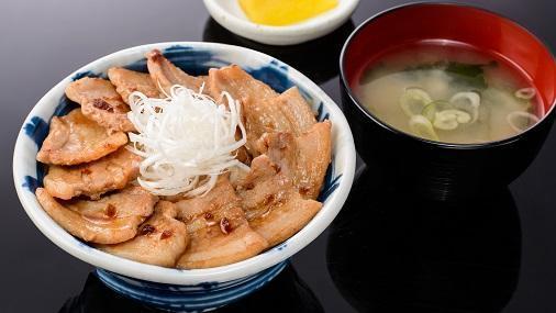 第1位「大雪さんろく笹豚丼(並)」のイメージ画像