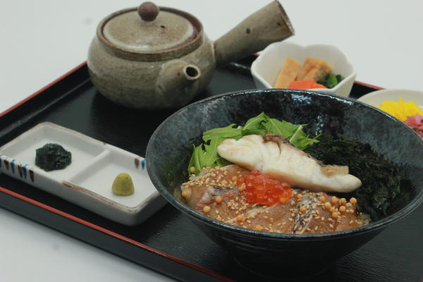 第1位「鯛茶漬け膳」のイメージ画像