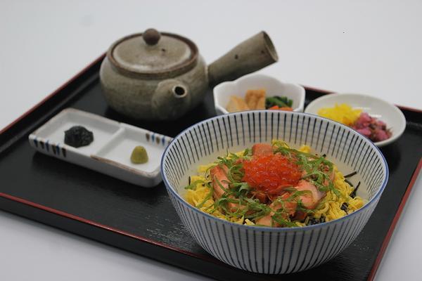 第2位「鮭の焼漬け&いくら丼膳(出汁茶付)」のイメージ画像