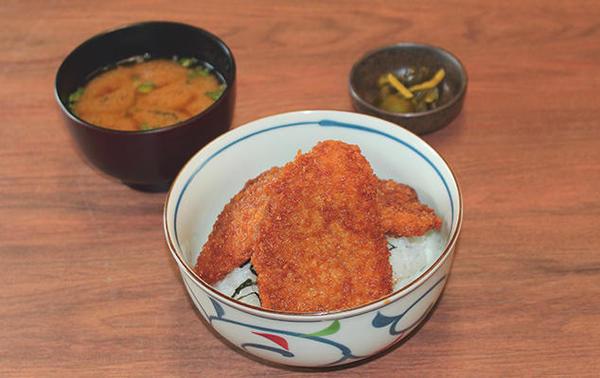 第3位「新潟タレかつ丼」のイメージ画像