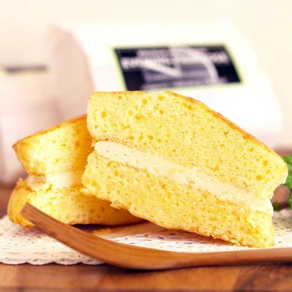 軽井沢マドレーヌチーズバーガーのイメージ画像