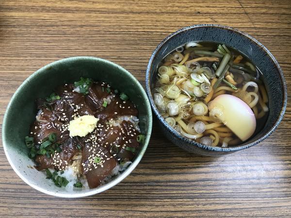 第3位「天然ぶりの漬け丼セット」のイメージ画像