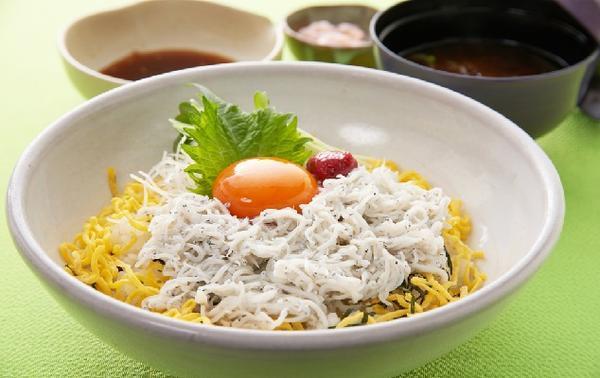 第3位「茨城久慈浜丸の釜揚げしらす丼」のイメージ画像