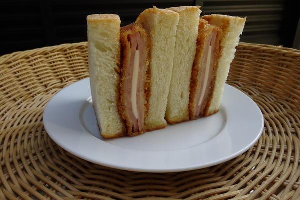 第3位「チーズハムカツサンド」のイメージ画像