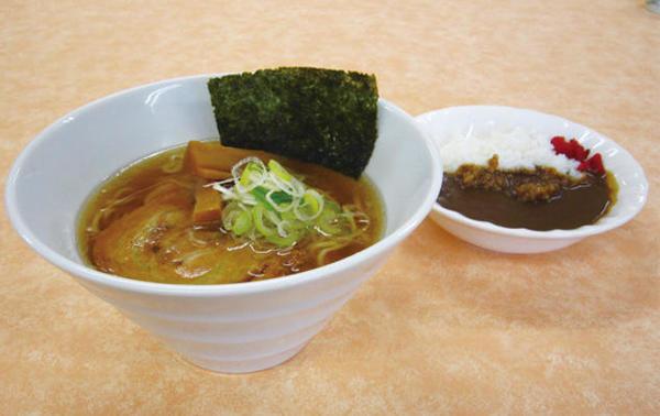 第3位「喜多方醤油ラーメンセット(ミニカレー)」のイメージ画像