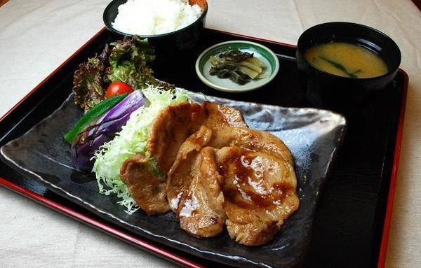 第1位「秩父名物 肉の味噌漬け定食」のイメージ画像
