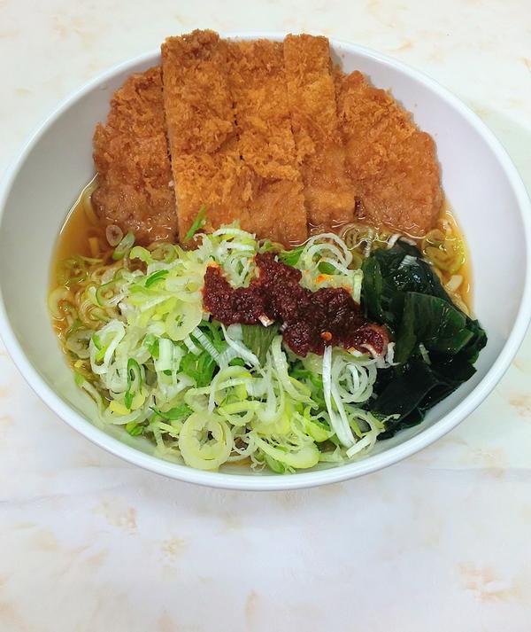 第2位「たっぷりピリ辛ねぎとんかつラ~麺」のイメージ画像