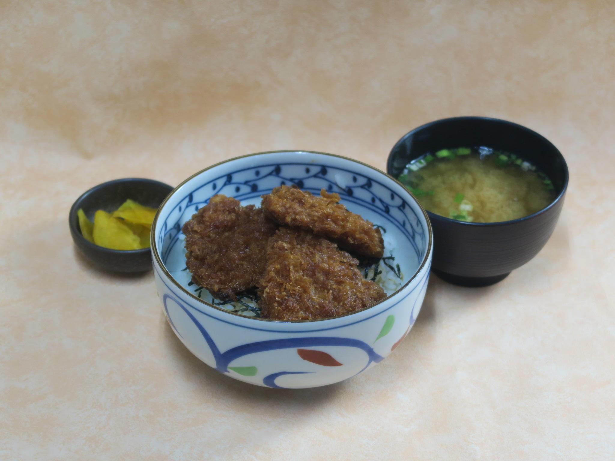 第3位「ソースカツ丼(3枚)」のイメージ画像
