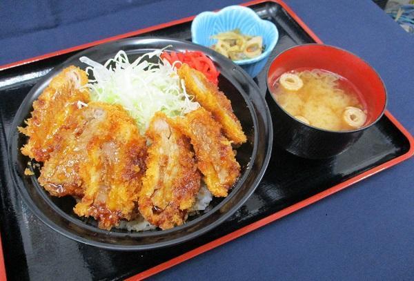 第3位「タレカツ丼」のイメージ画像