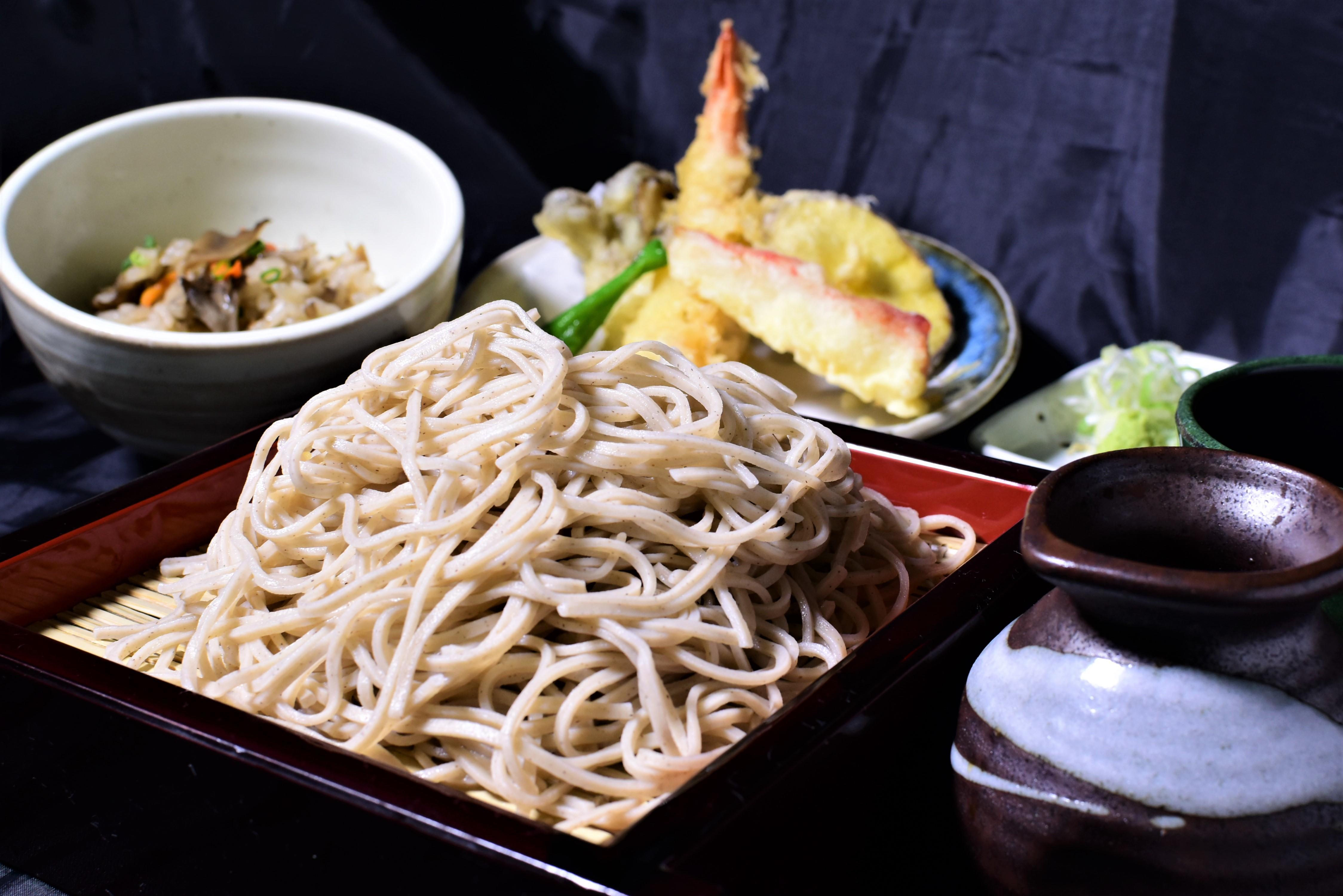 第3位「二八蕎麦と季節ご飯~天婦羅添え~」のイメージ画像