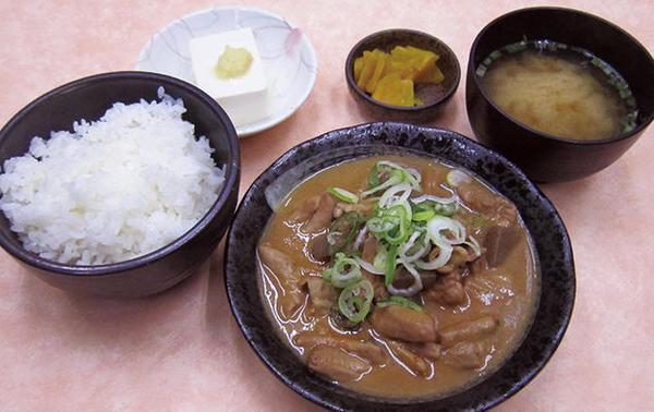 第3位「金華亭もつ煮込み定食」のイメージ画像