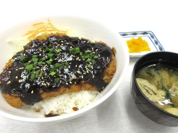 第3位「味噌カツ丼」のイメージ画像