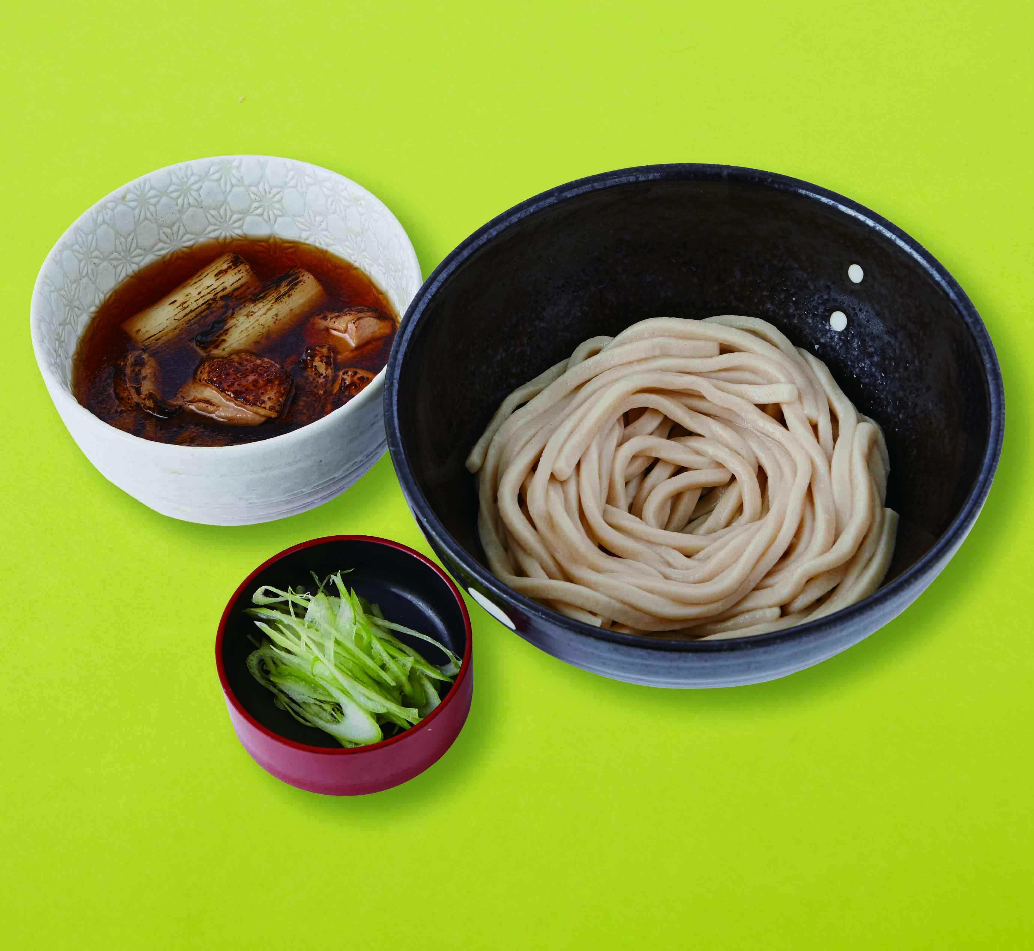 おすすめベスト2 炙りしゃもつけ麺 / 1,100円(税込)
