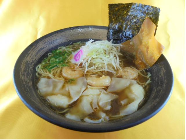 おすすめベスト2 海老塩ワンタン麺 / 1090円