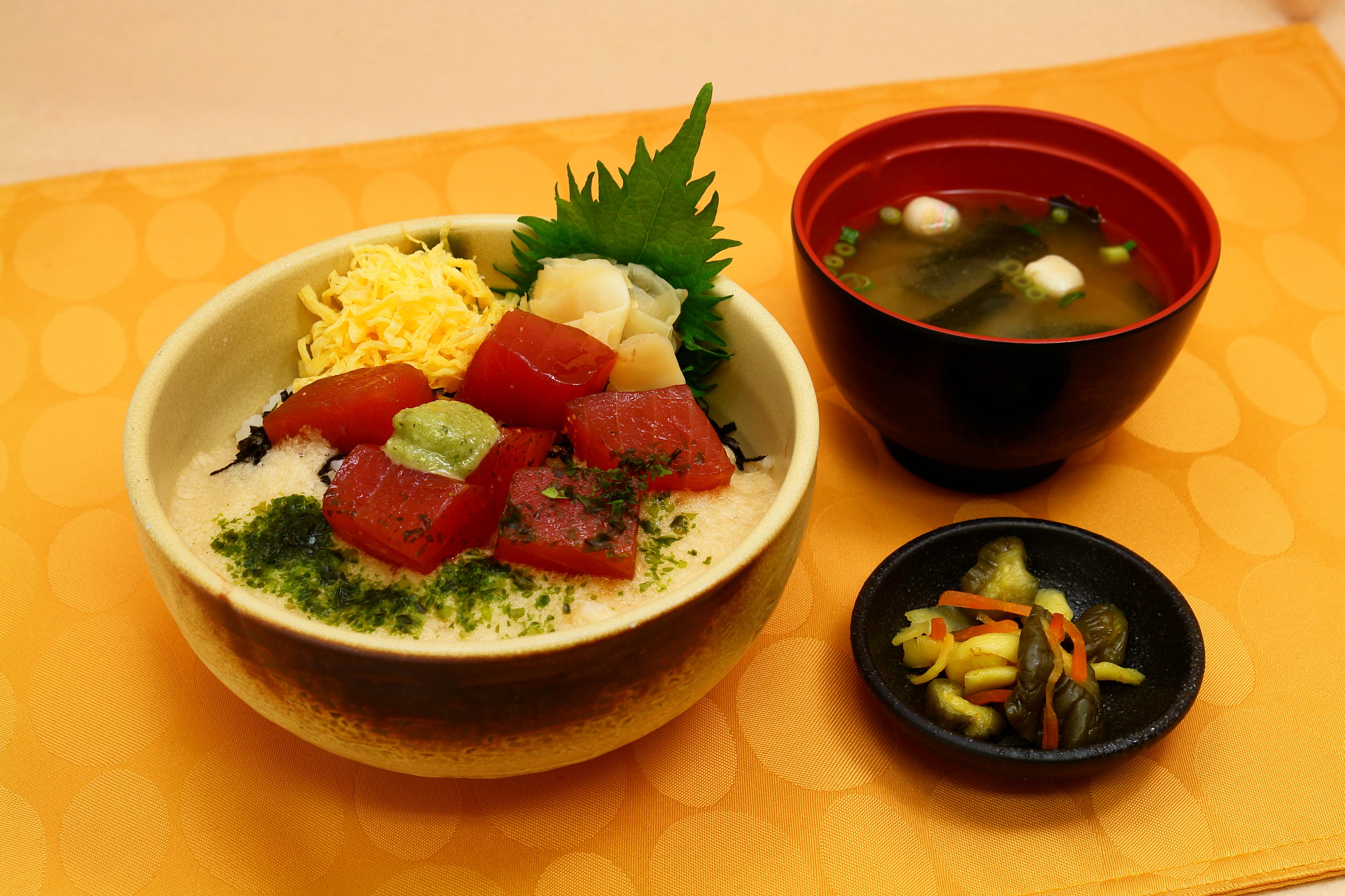 山かけ丼 / 980円
