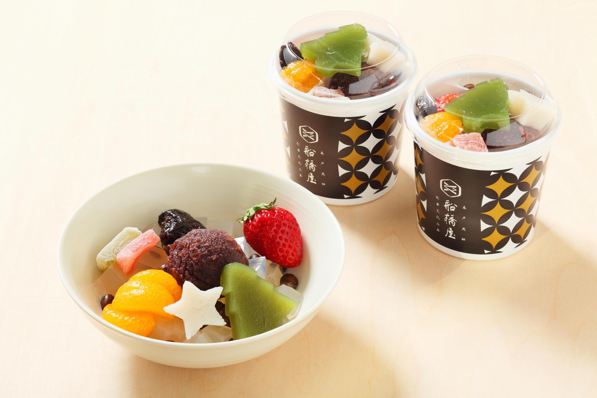 クリスマスフルーツあんみつ/572円